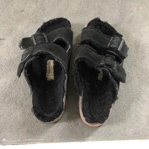 Birkenstock Shoes - BIRKENSTOCK Arizona Suede Black Shearling 8.5